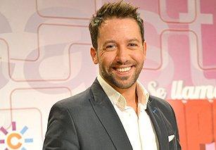 Maik Alexandre presentador de la Gala candidatos Se llama Copla